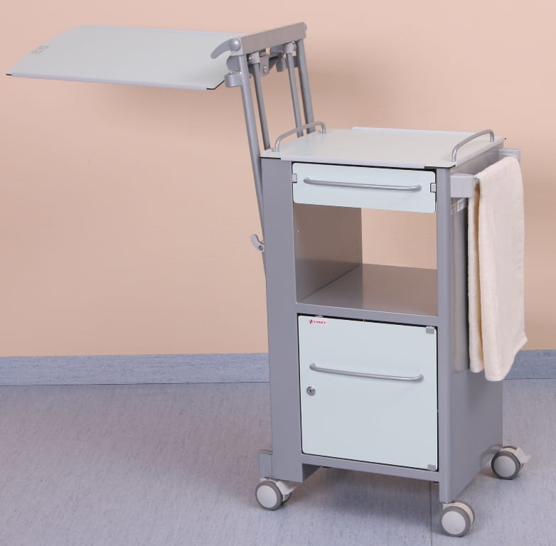 Height adjustable and tilting dining board